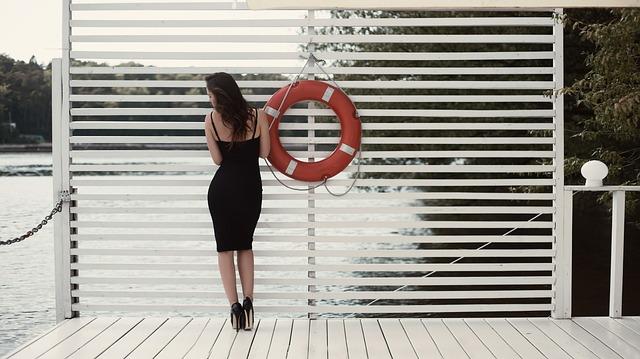 black-dress-1779951_640